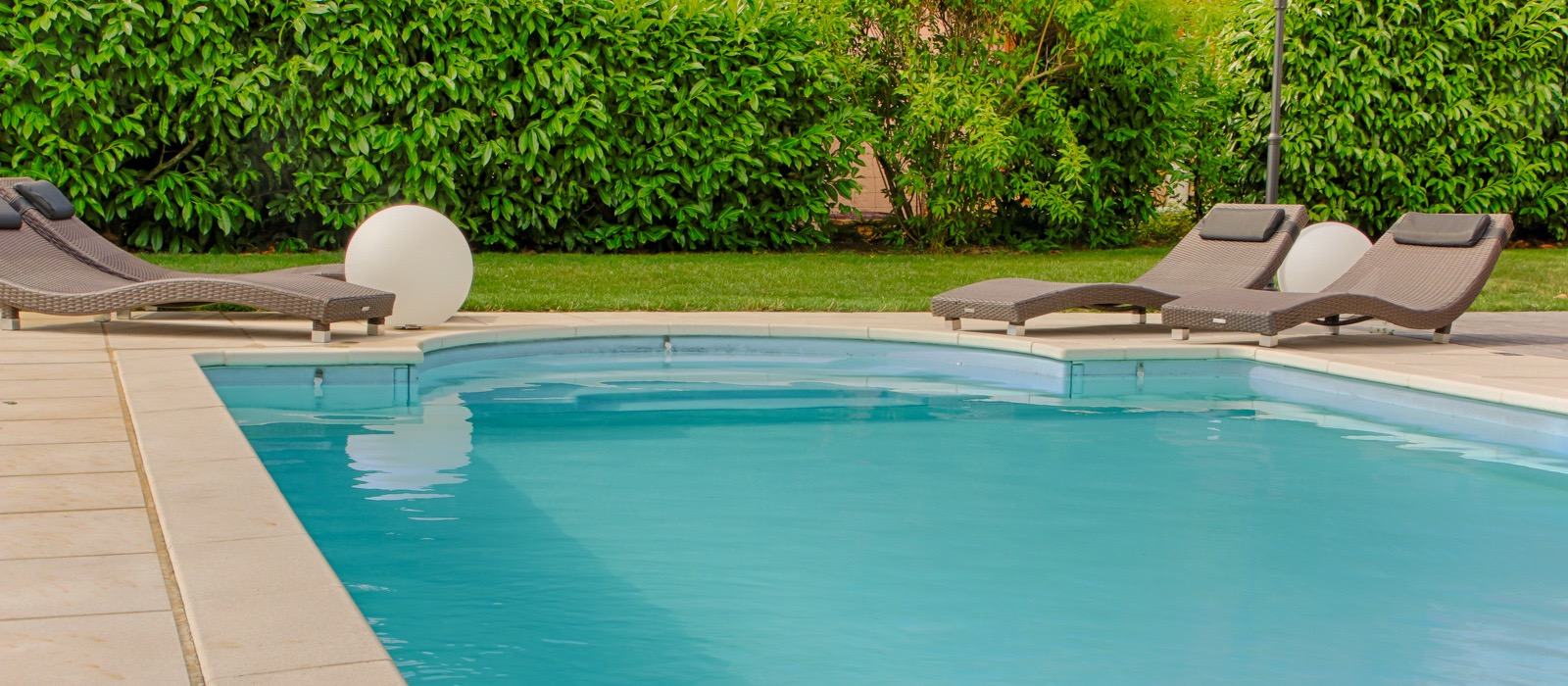 L 39 immobilier annecy en vid o agence immobili re for Piscine seynod
