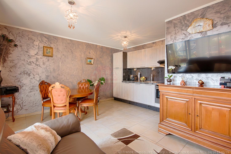 vente appartement annecy le vieux 74940 avec 2 pi ce s dont 1 chambre s. Black Bedroom Furniture Sets. Home Design Ideas