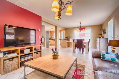 Immobilier sillingy 74330 proche annecy maisons et for Maison moderne 74000