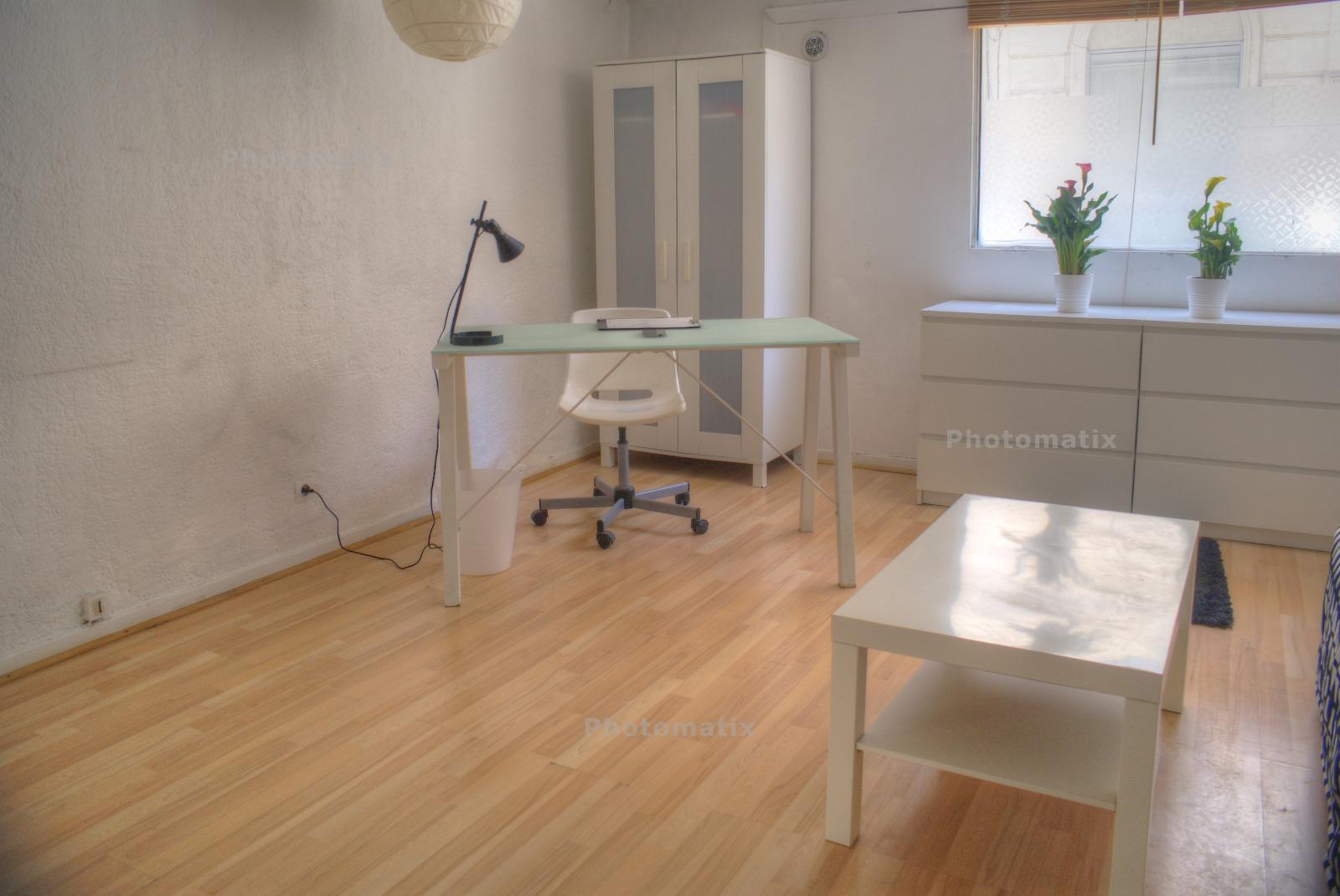 A Louer Studio Meubl Montpellier Antigone Description With Location Studio Meuble  Montpellier