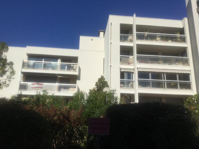 MONTPELLIER ANTIGONE/POLYGONE  A VENDRE T4/5 107M2 AVEC TERRASSE CONFORTABLE PLEIN SUD PARKING,