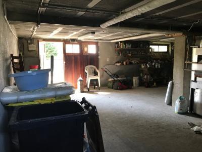 Maison sur sous sol avec 1,5 hectares de terre