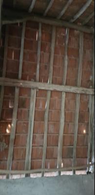Bâtiment à rénover sur 3815m de terrain