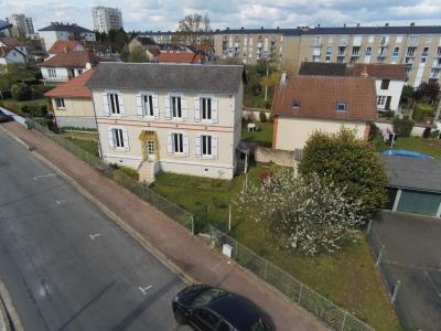 Maison de ville 2 chambres avec terrain