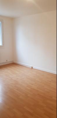 Appartement refait a neuf Gien