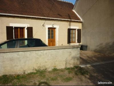 Maison de campagne poche St BENIN