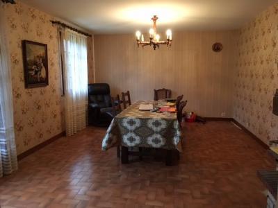 Maison a rafraîchir avec terrain de 2560 m2