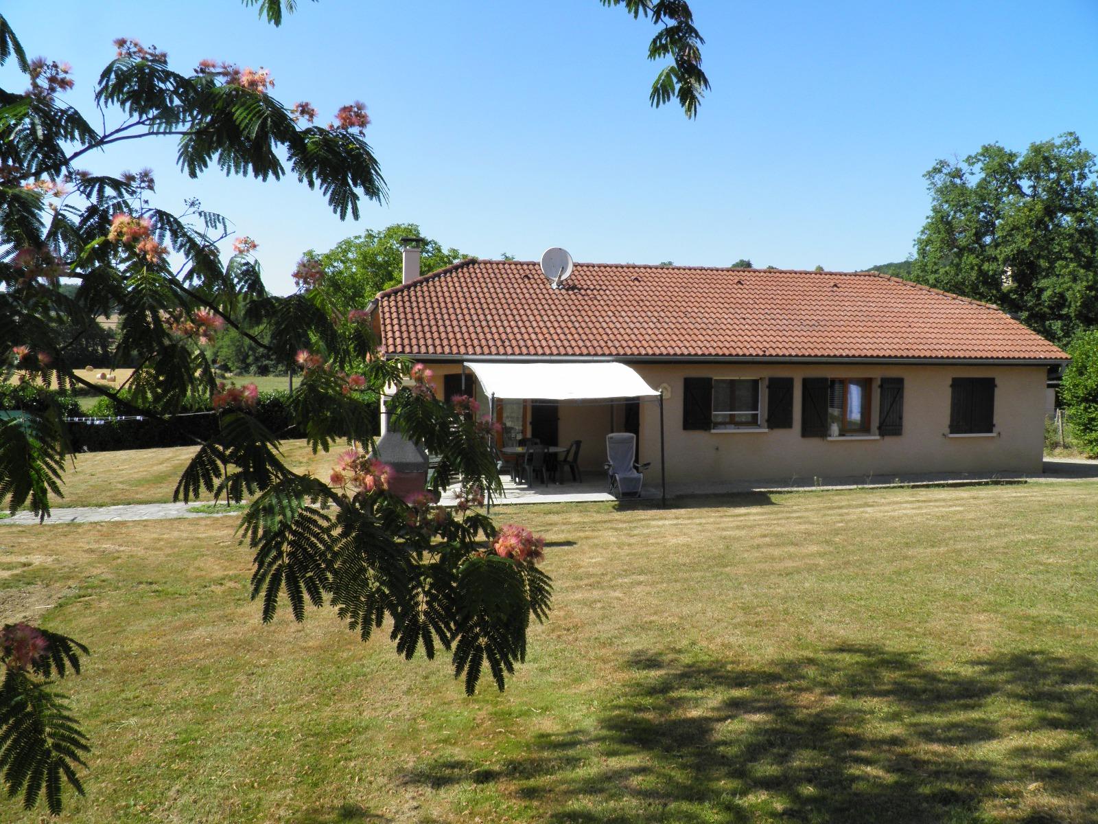 Revermont a vendre maison plain pied 4 chambres for Prix maison plain pied 4 chambres