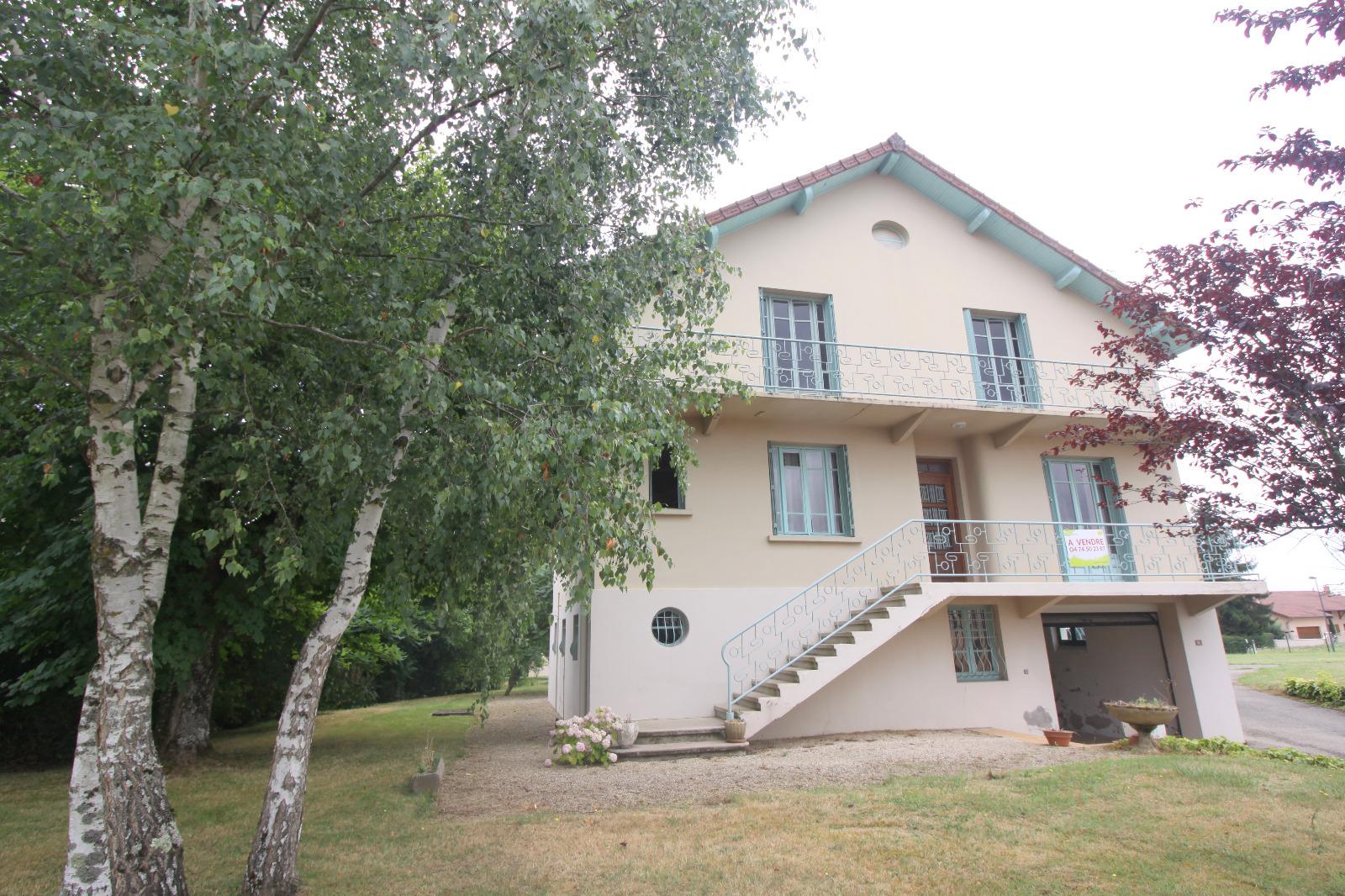 marboz a vendre centre du village maison des ann es 50 immobresse. Black Bedroom Furniture Sets. Home Design Ideas