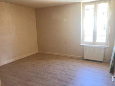 Montrevel en Bresse - A louer appartement Type 3 - Garage