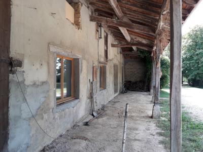 Polliat - A vendre ferme - 7500 M² terrain