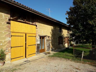 Jayat - A vendre ferme Bressane - 4 400 m² de terrain