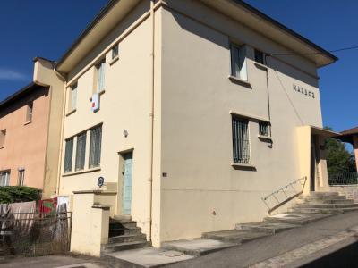 Immeuble - A vendre centre du village de Marboz