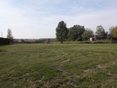 Béréziat - A vendre terrain de 1491 m² hors lotissement