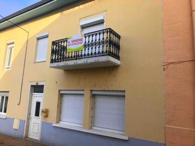 Montrevel en Bresse - centre du village - maison