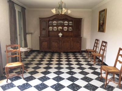 Montrevel en Bresse - A vendre Maison des années 60 - 3 Chambres - Proche des commodités