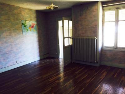 Coligny - A vendre maison située au centre du village - Proche des commerces