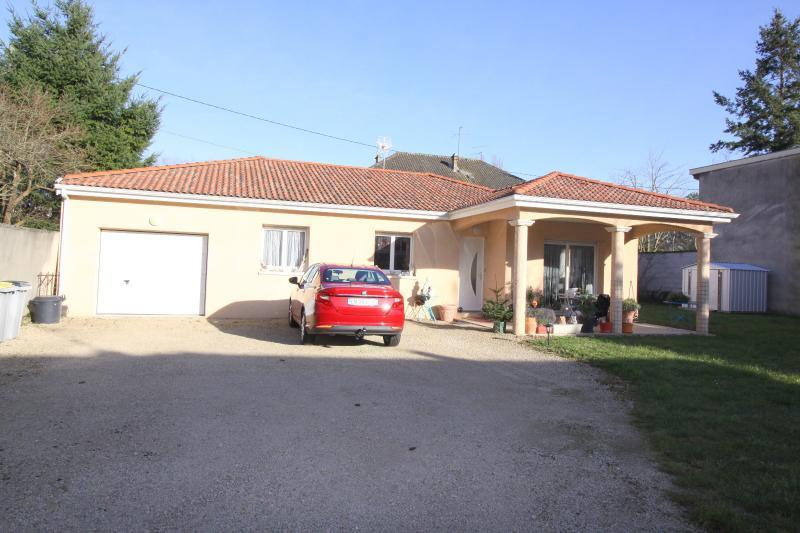 Bourg en Bresse - A louer villa de plain-pied - 3 chambres