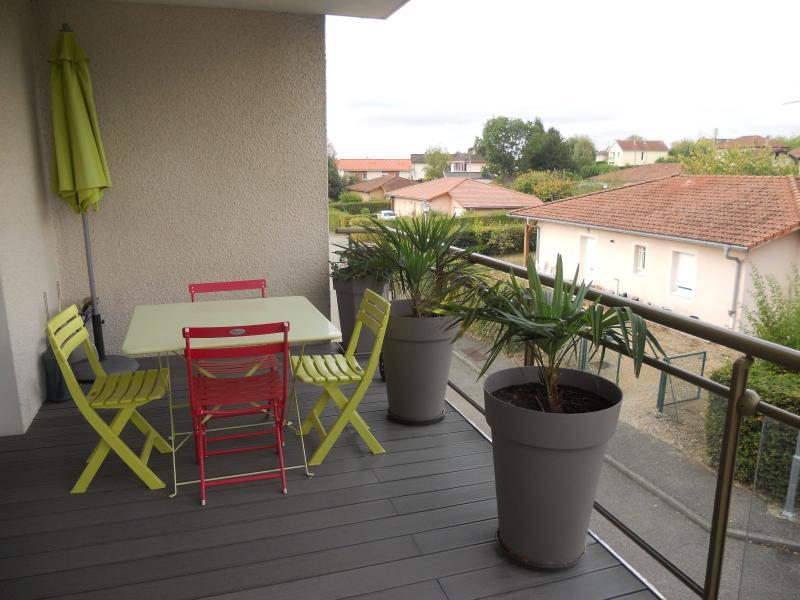 Montrevel en Bresse centre - A vendre appartement - 75 m² habitables - Terrasse 14 m² - Garage