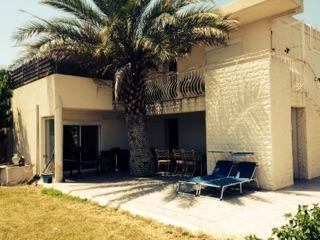 Marignane, villa avec T4 et T5 sur 730m�, jardin, garage, A vendre, Bouches du Rh�ne 13.