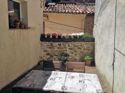 maison de village avec terrasse et remise � Rians Var 833