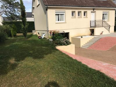 A Vendre maison de 130m2 sur sous-sol total type 7 sur 748 m� de terrain Gien 45 Loiret