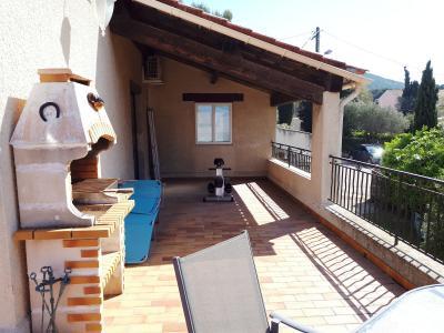 Six Fours proche bord de mer, villa de 192m� sur 1086m�, piscine, garage, A vendre, Var 83.
