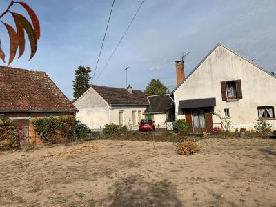 A Vendre maison type 4 sur 451 m2 + 2 garages Gien 45 Loiret