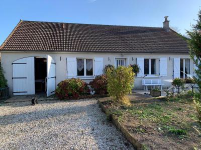 A Vendre maison plain-pied traditionnelle T4 + garage sur 988 m� de terrain Gien Loiret