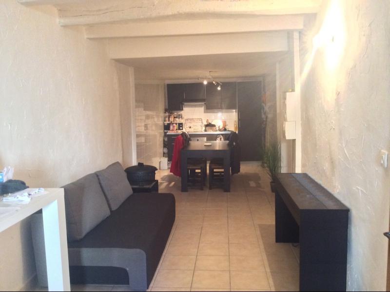 Vente  pour investissement appartement T2  centre ville St Maximin 83 VAR