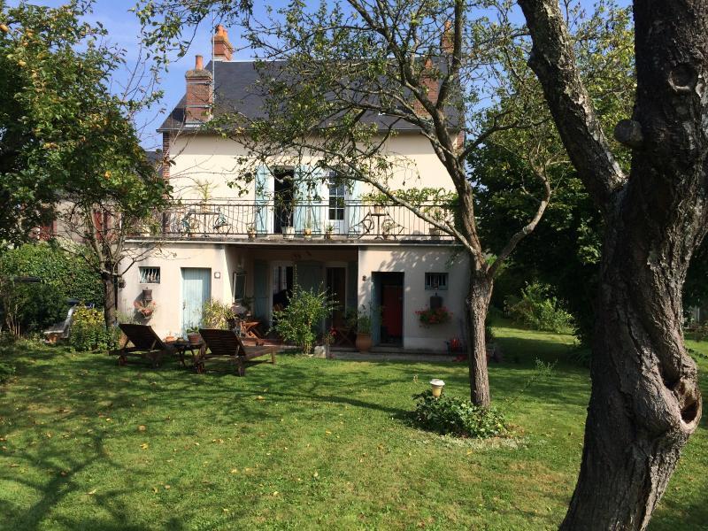 Vente  maison type 7 sur 1808 m² Gien 45 Loiret