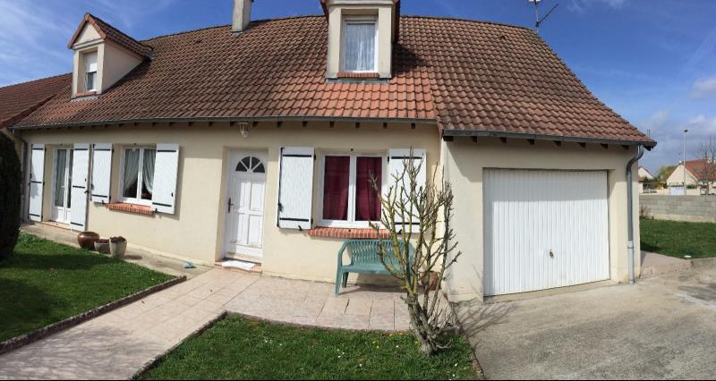 Vente  maison récente (année 2000) T6 sur 407 m² de terrain Gien 45 Loiret