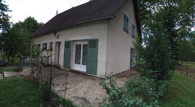 Vente  maison sur sous-sol total type 6 sur 1917 m² de terrain Gien 45 Loiret