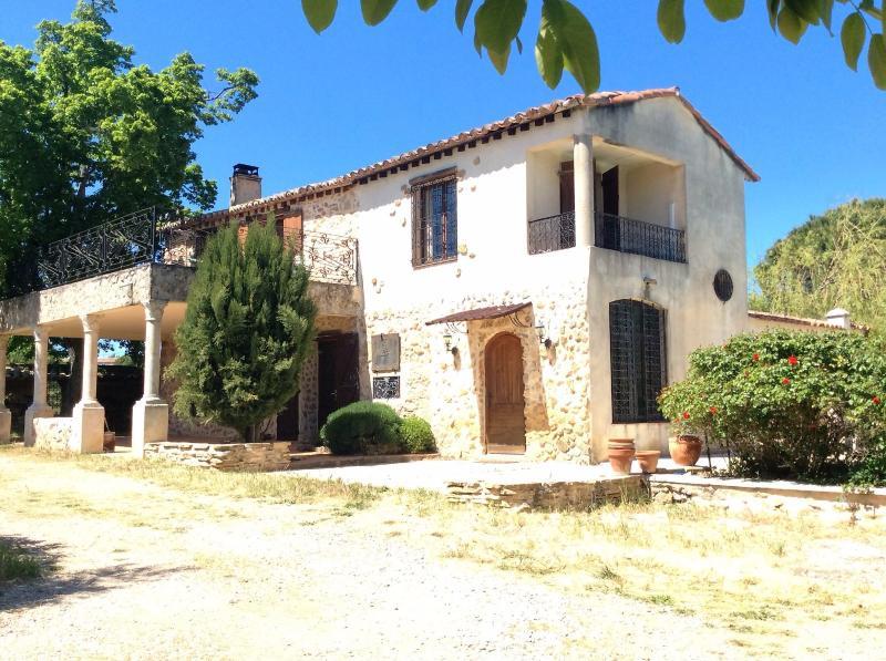 Vente  Maison T 5 de 150 m² en pierre, piscine, Saint Maximin la Ste Baume 83 Var