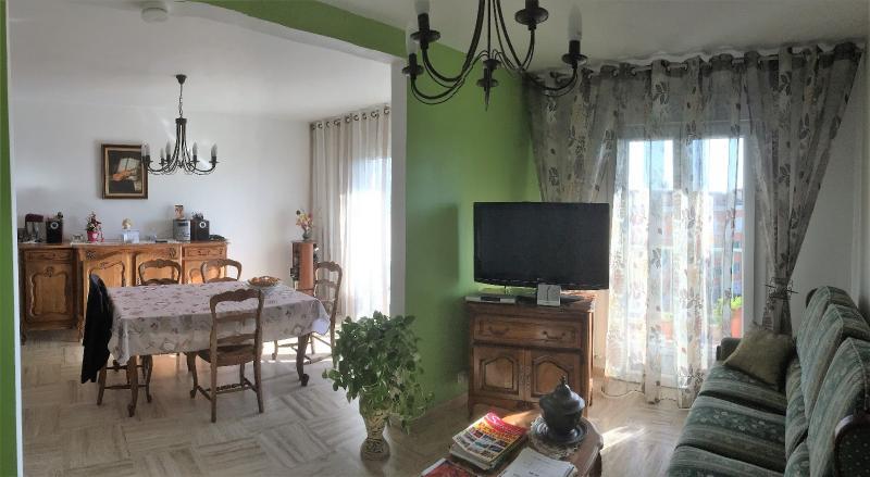 Vente Sanary/mer, Appartement T4 de 73 m 2 avec balcon et vue dégagée,  83 Var