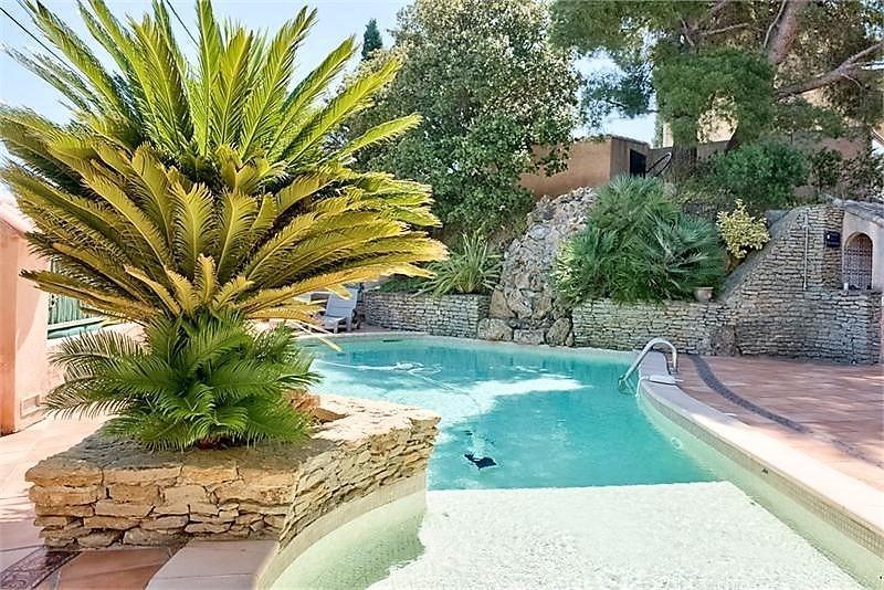 Vente La Seyne, Quartier Fabregas, Villa T10 de 220 m² sur 1650 m², piscine, garage, , Var 83