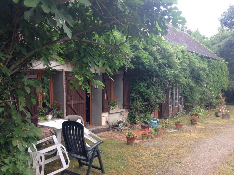 Vente  Longère plain-pied  de 98m² sur 4213m² de terrain avec étang  Gien 45 Loiret