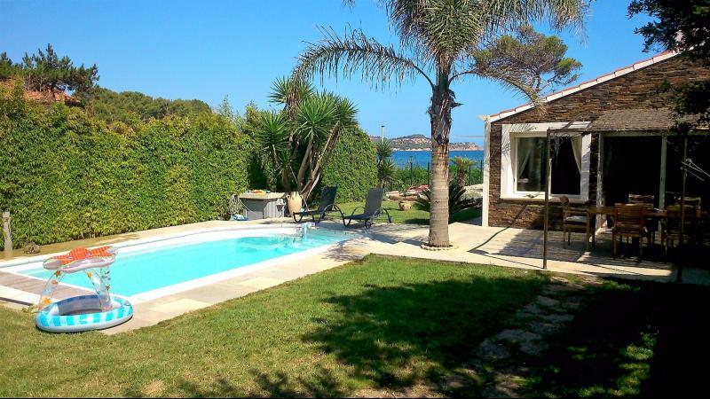 Vente La Seyne sur mer, villa T5 de 100 m², Piscine, Terrasse, sur 500 m², Accès plage. , Var 83