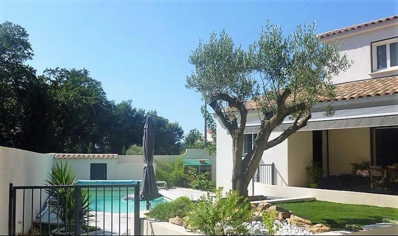 Vente Six Fours les plages, villa T5 de 128 m² sur 850 m², piscine, garage, , Var 83.