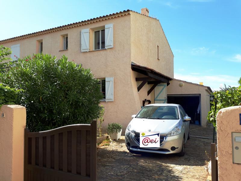 Vente Sanary, belle villa T3 de 78m² proche centre ville et port, garage, a re, var 83.