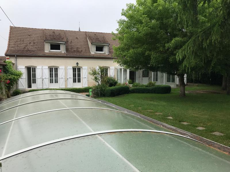Vente  sublime propriété avec piscine type 8 de 190m²sur 1066m² de terrain Montargis 45 Loiret