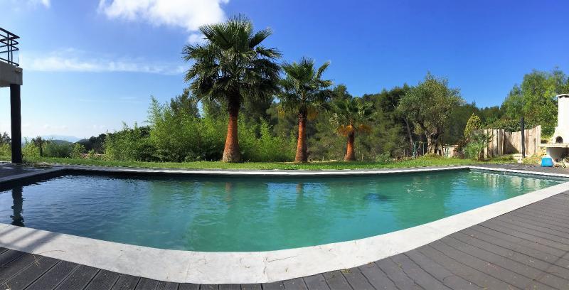 Vente Bandol, Magnifique villa T7 de 260 m² sur 2970 m², Piscine, , Var 83