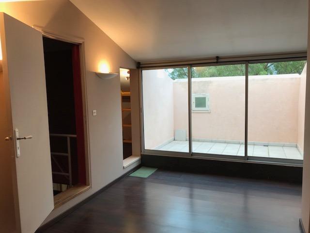Vente Sanary sur Mer, appartement T4 en duplex, 1er étage, terrasse, parking privé, , Var 83