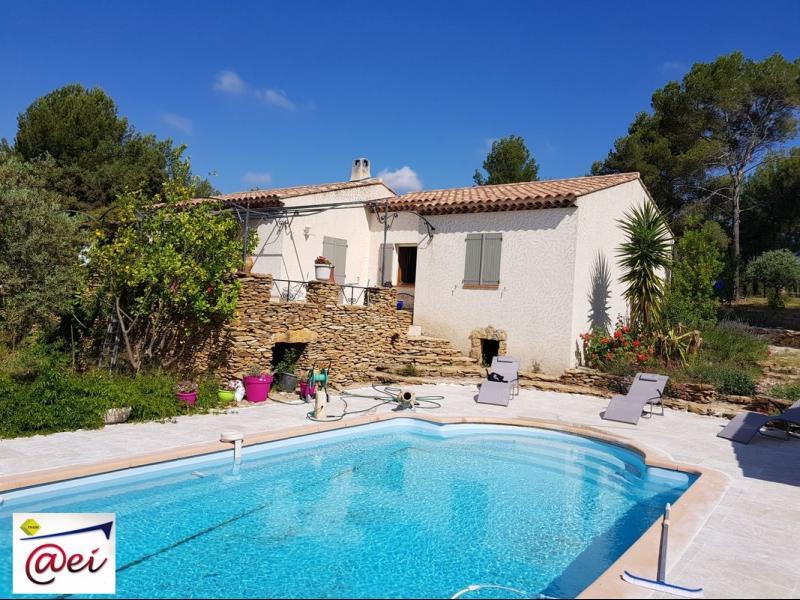 Vente Ste Anne du Castellet, villa T5 de 108m² sur 7345m² de terrain, piscine, , Var 83.