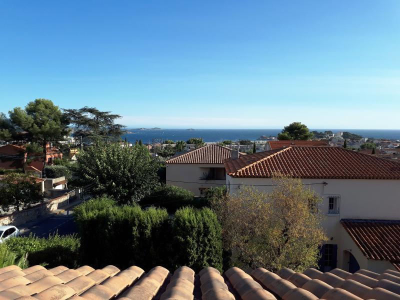 Vente Bandol , villa de 280m² composée de 4 appartements, sur 480m² de terrain, piscine, , Var 83.