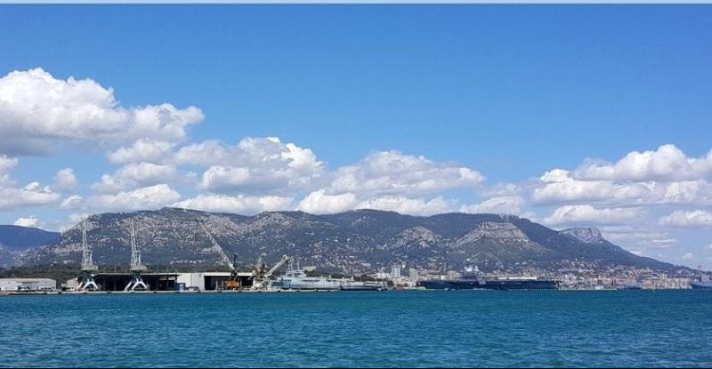 Vente La Seyne sur mer, porte marine T3 de 73m², vue mer et ascenseur, ,Var 83