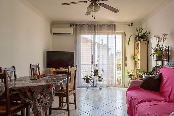 Vente La Seyne, Tamaris, Appartement T3 de 67 m², stationnement privatif, , Var 83