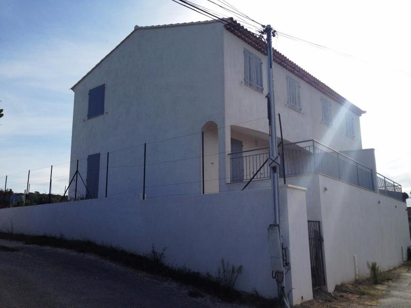 Vente ST JULIEN, villa T4 neuve, Sous sol, Vue, garage, , VAR 83.