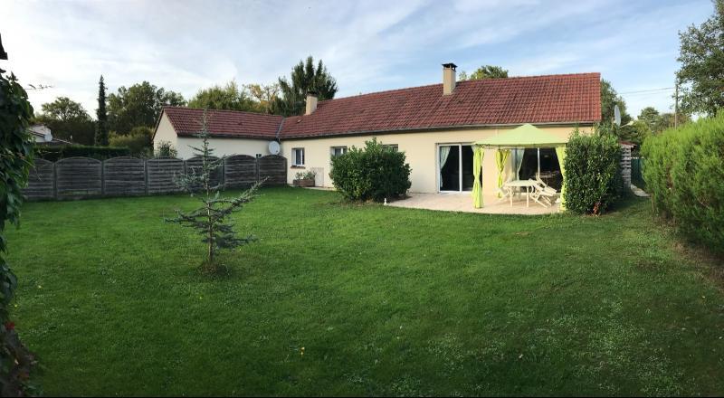 Vente  2 maisons de plain-pied type 5 et type 2 sur 1059 m2 de terrain Montargis 45 Loiret