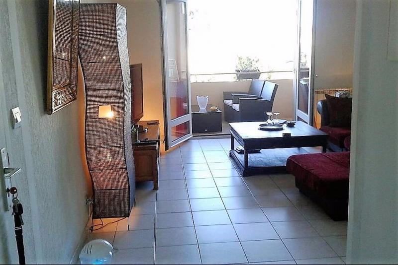 Vente Sanary sur mer, appartement T3 traversant de 73 m², , Var 83